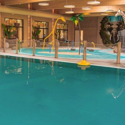 <h4>Zwemparadijs<br /> Maji Springs</h4>